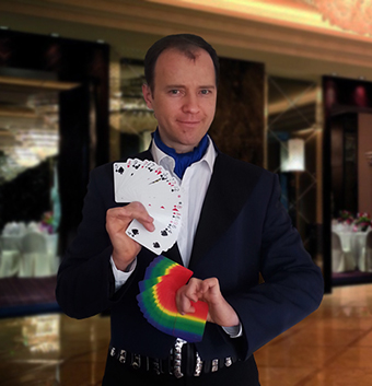 Auckland magician Vas Kovalski performs at wedding party